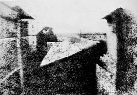 View_from_the_Window_at_Le_Gras,_Joseph_Nicéphore_Niépce