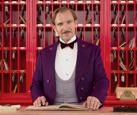 grand-hotel-budapest-ralph-fiennes-monsieur-gustave