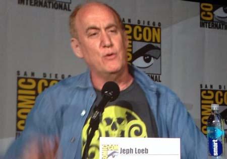 agents-of-shield-comic-con-panel-jeph-loeb-hydra-shirt