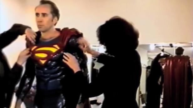 Superman Lives Cage traje final
