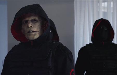 the-strain-vampires-guillermo-del-toro-quinlan-is-blade_vaughn (5)