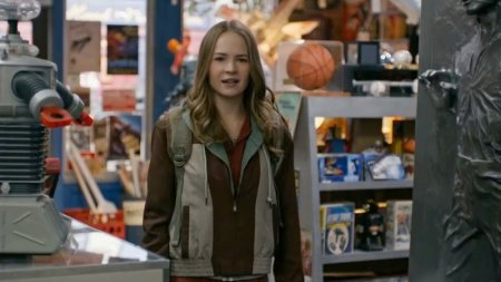 tomorrowland-brad-bird-Britt-Robertson