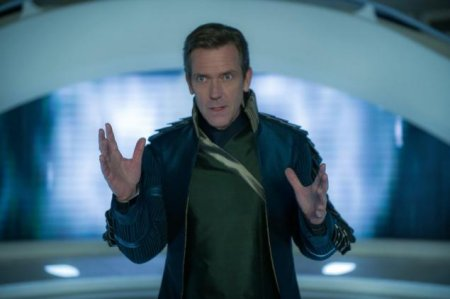 tomorrowland-hugh-laurie