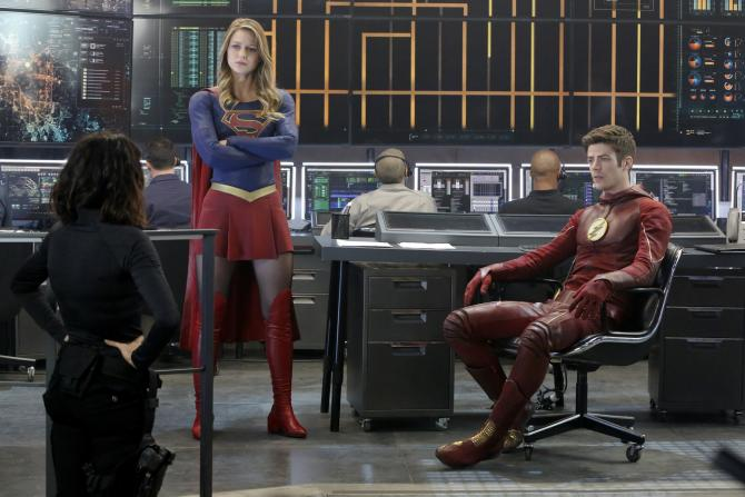 Supergirl Flash Crossover