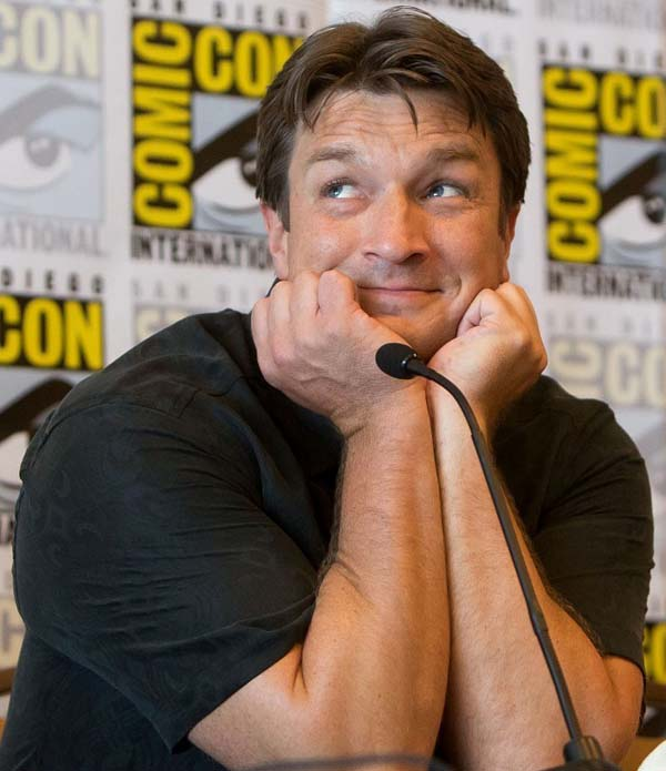 Nathan-Fillion-happy