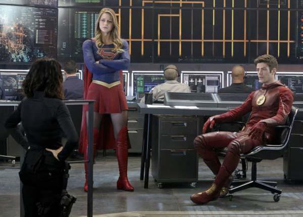 supergirl-flash-cbs-cw-tv-dc-comics
