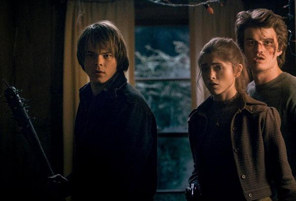 Stranger-Things-Finale-Review-Jonathan-Nancy-Steve1
