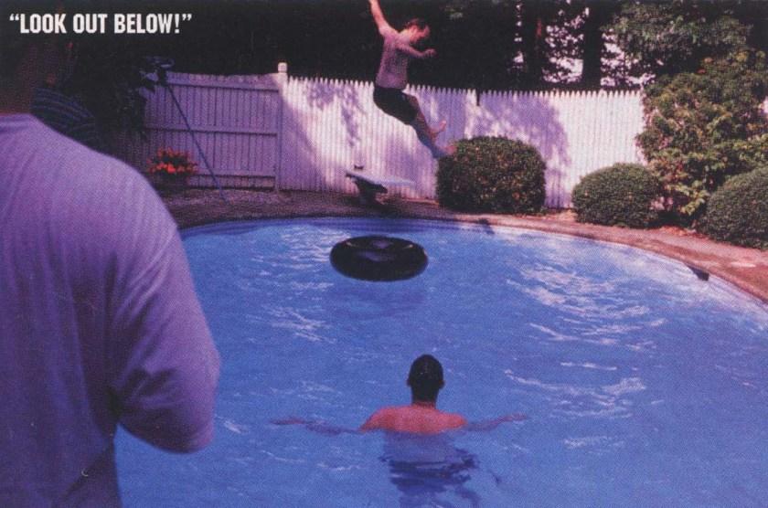 avengers-creative-meeting-1995-piscina